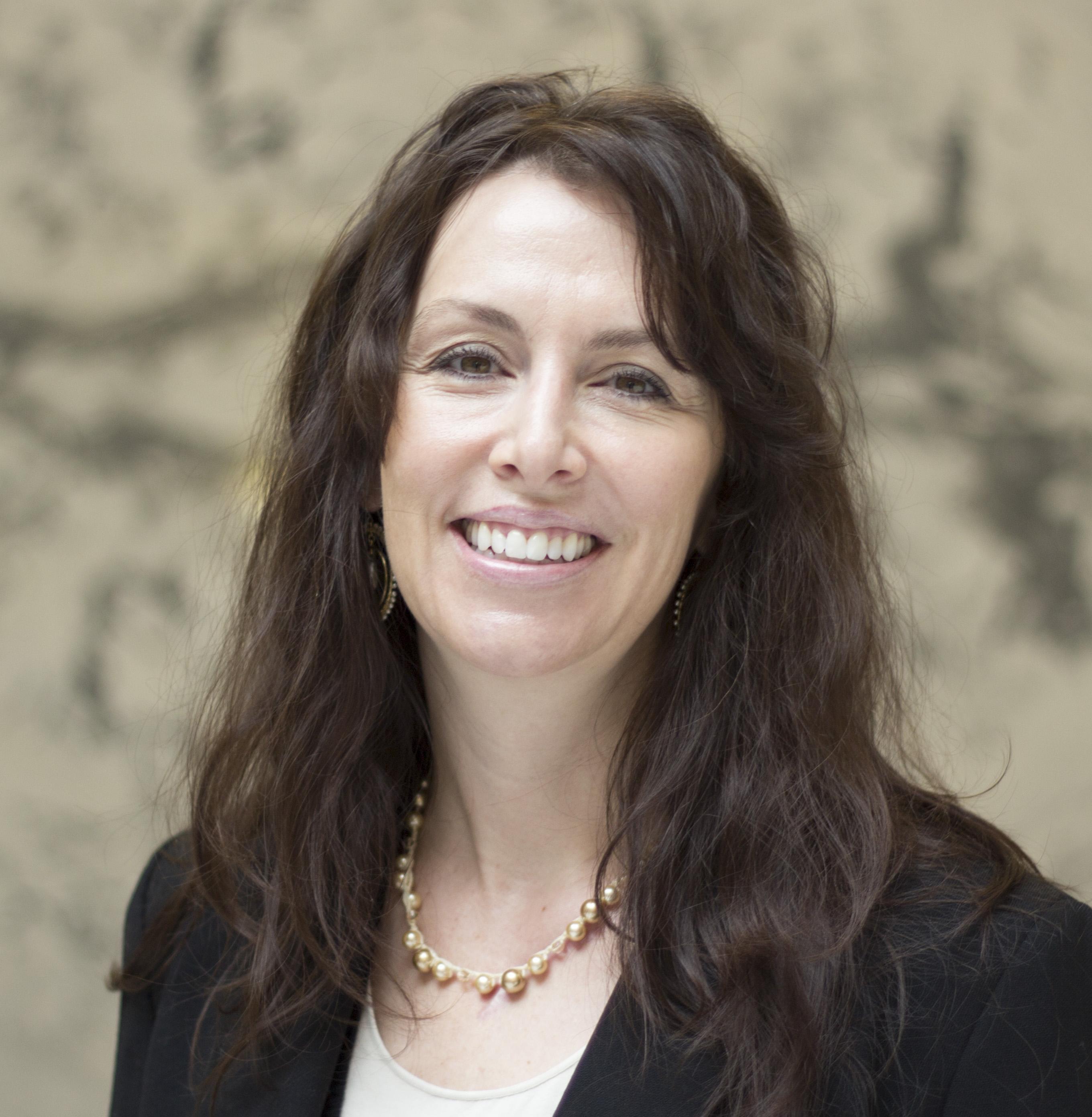 Leslie Larsen